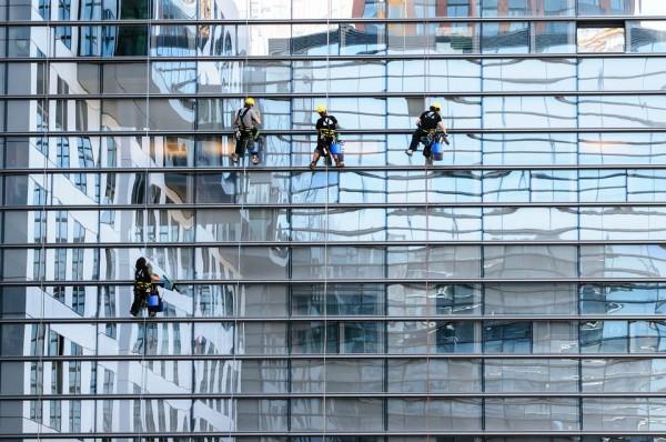 glass-facade-817732_960_720